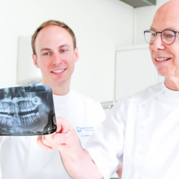 Implants simple and complex cases
